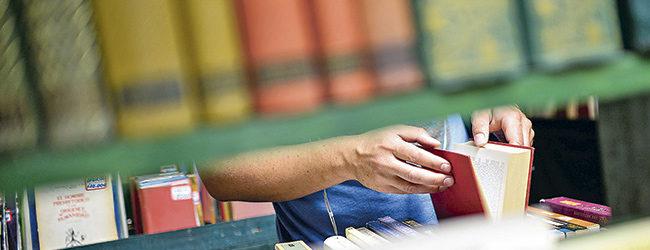 Editoriales reconocen un gran aumento de interés por libros de ciencia en Chile