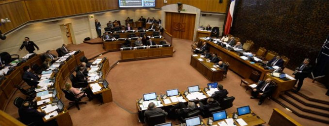 Senado posterga votación de recursos para TVN
