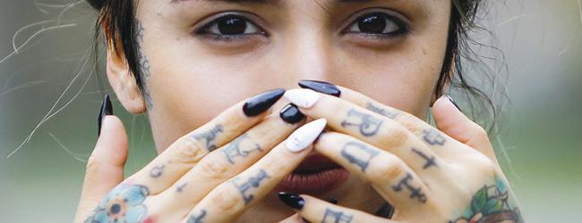 El 17% de los chilenos mayores de 15 años tiene un tatuaje